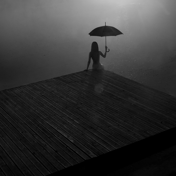 white_scenary_nude_girl_silence_creativity_nature_photography_ rain